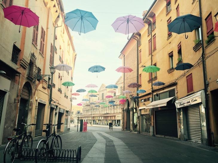 umbrellas-1151675_960_720